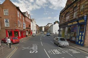 Child injured after being hit by minibus in Worcester